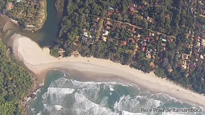 Rio e Praia de Itamambuca