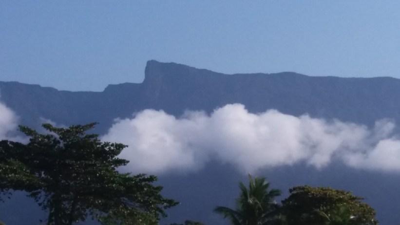 Pico do Corcovado- Visto da Praia Dura