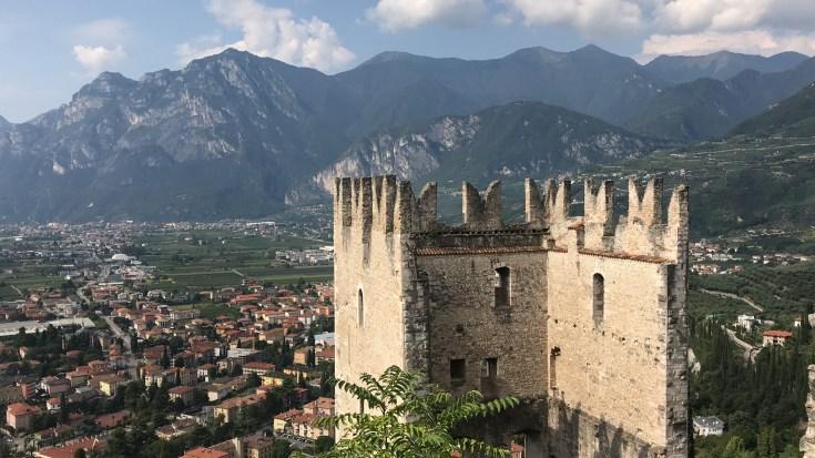 6 giorni intorno al lago di Garda, Castello di Arco