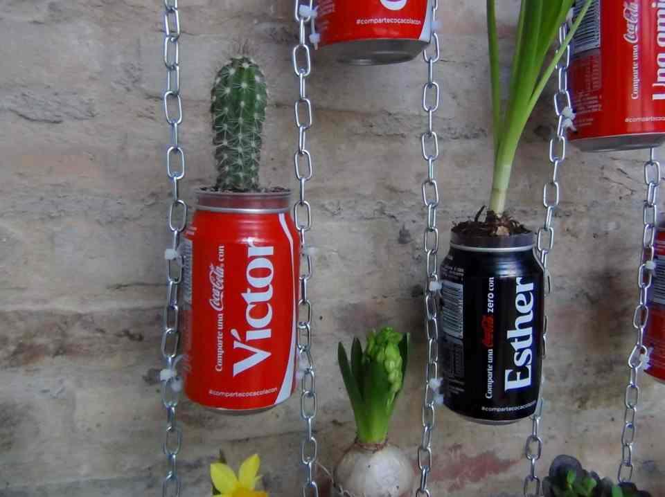 maceteros en material reciclable