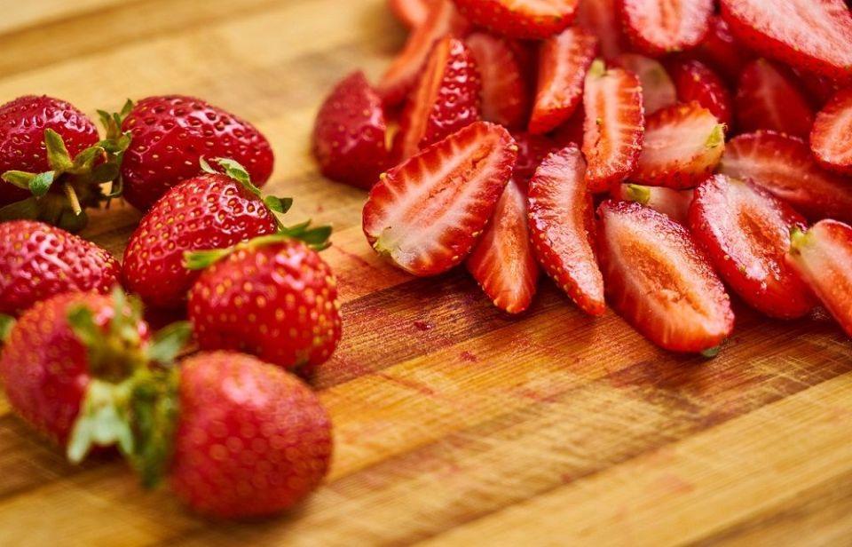 Las fresas contienen vitamina C