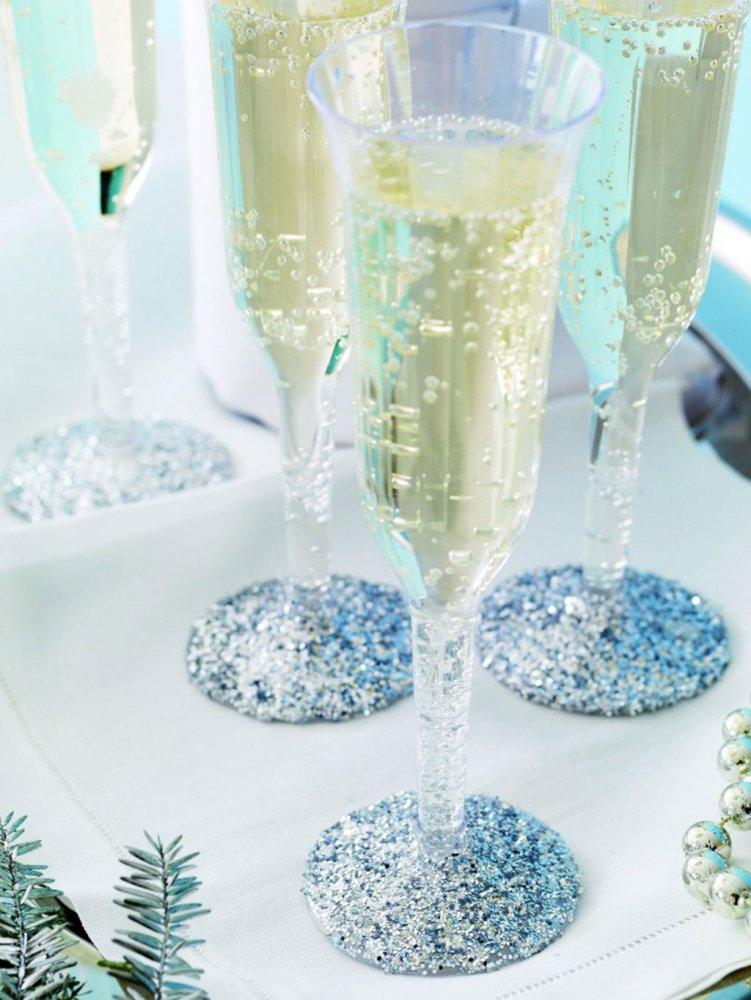 Copas con brillo, ideas DIY para decorar la mesa de Nochevieja