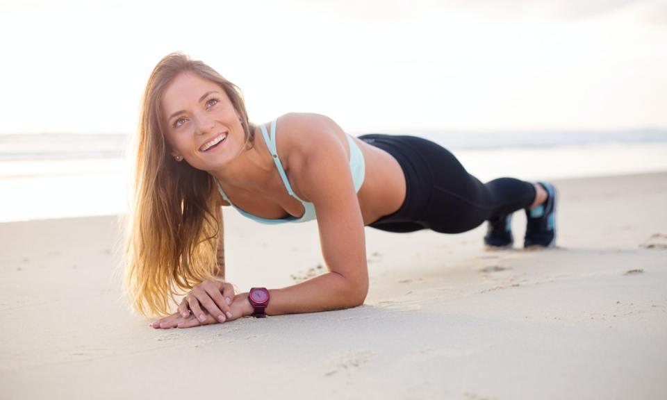 Este verano puedes estar en forma con ejercicios isométricos