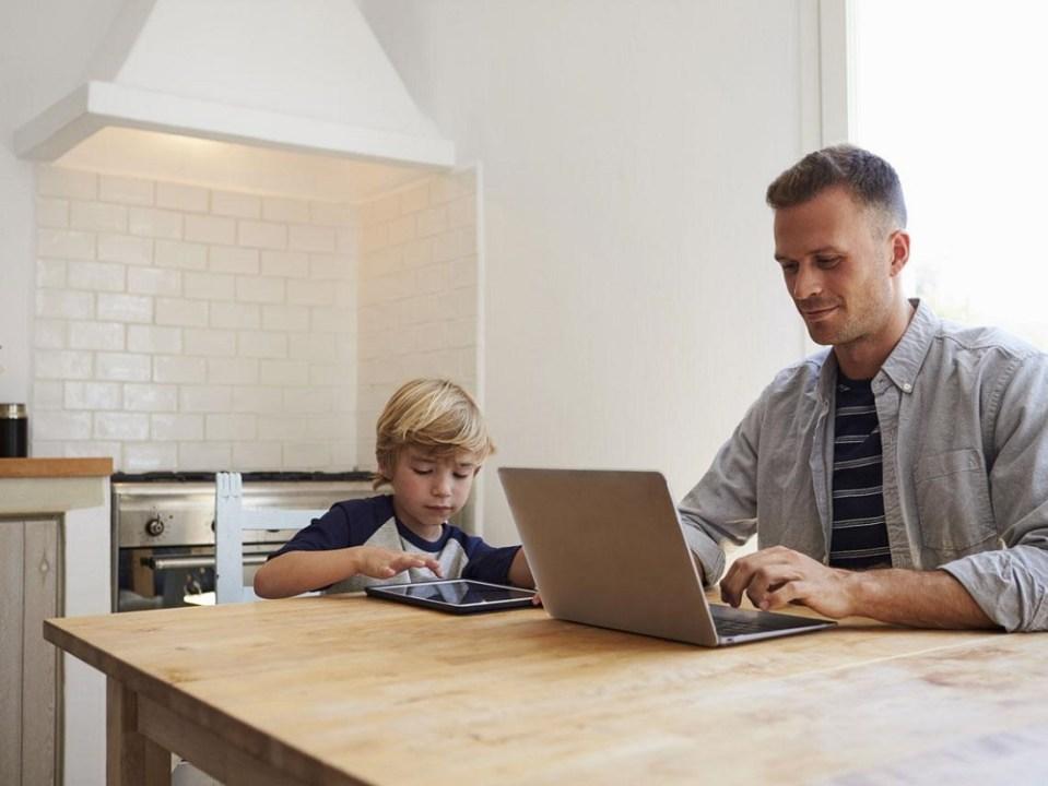 Teletrabajo, beneficios para padres