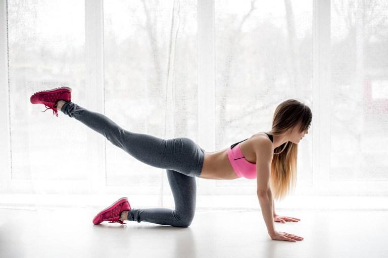 Lista de mejores ejercicios para levantar los glúteos