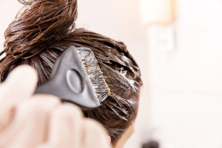 Teñir el pelo con barros