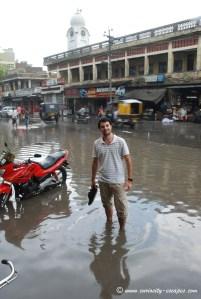 rue inondée à Amritsar