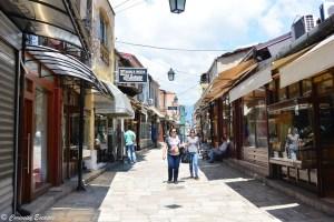 Rue des mariages dans le vieux bazar de Skopje, Macédoine