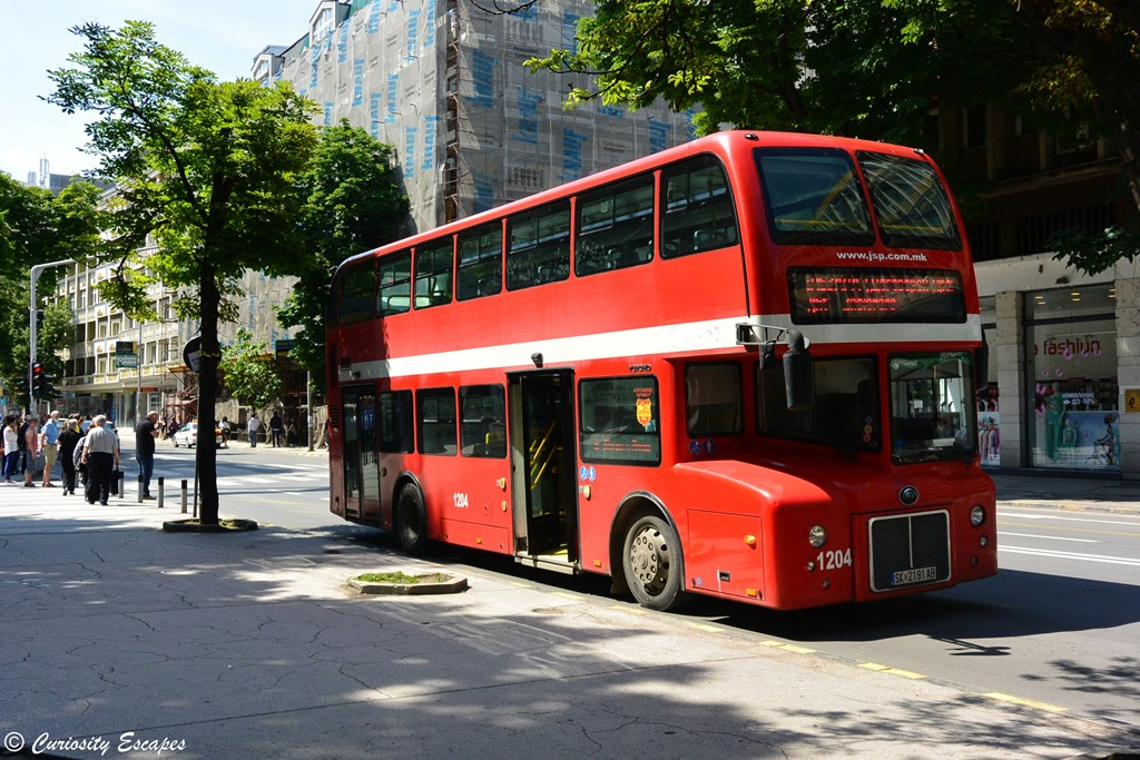 Bus londonien à Skopje, Macédoine