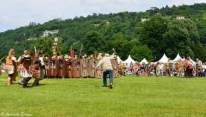 Combat entre gaulois et romains aux journées gallo-romaines de Vienne, Isère