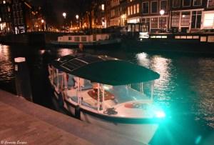Croisière des lumières sur les canaux d'Amsterdam