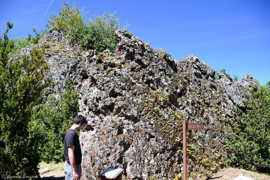 Château en ruines des Balmes de Montbrun, Ardèche