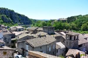Village de Vogüé en Ardèche du sud