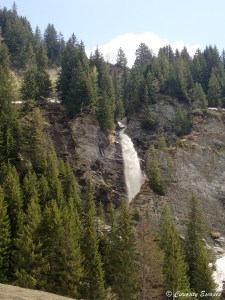 Cascade au lac de St-Guérin