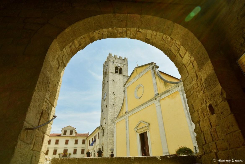 Village perché de Motovun en Istrie