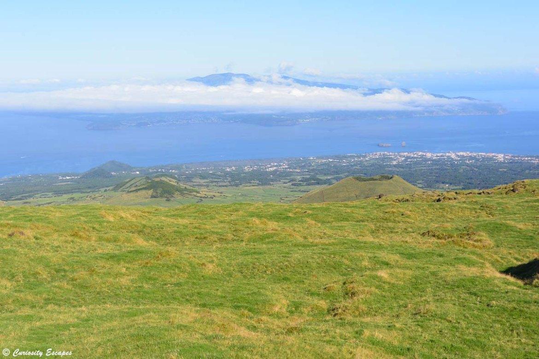 Île de Faial vue depuis le pied du Mont Pico