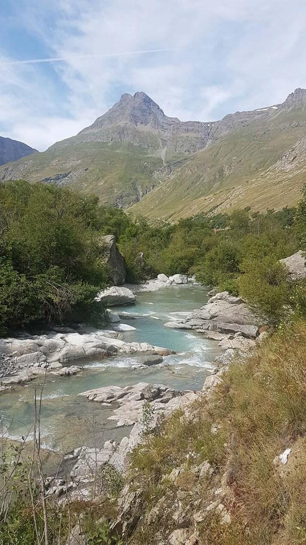 Rivière glacée de Bonneval sur Arc, Savoie
