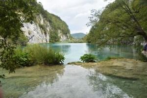Lac cristallin aux lacs de Plitvice