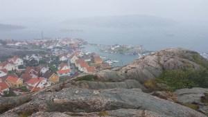 Fjällbacka sous le brouillard, Ouest de la Suède