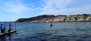 Faire du paddle dans la réserve de Stångehuvud en Suède