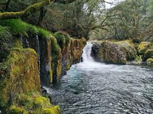 Petite cascade dans les gorges de Kikuchi