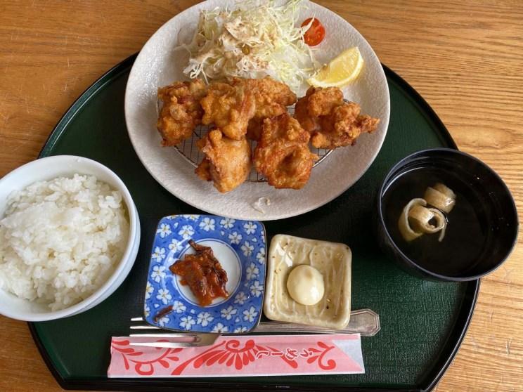 Déjeuner à la baie de Kabira, Ishigaki, Japon
