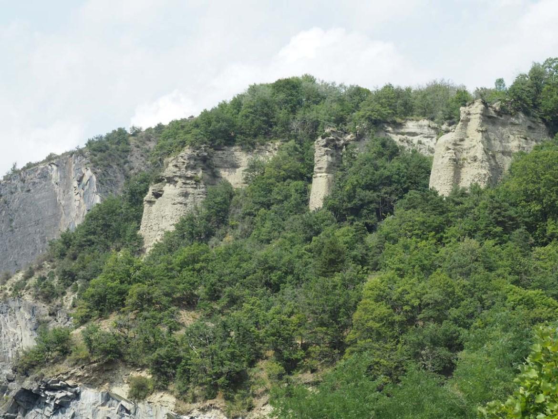Côtes rocheuses du lac de Monteynard