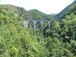 Viaduc de Loulla vu depuis le petit viaduc, train de La Mure