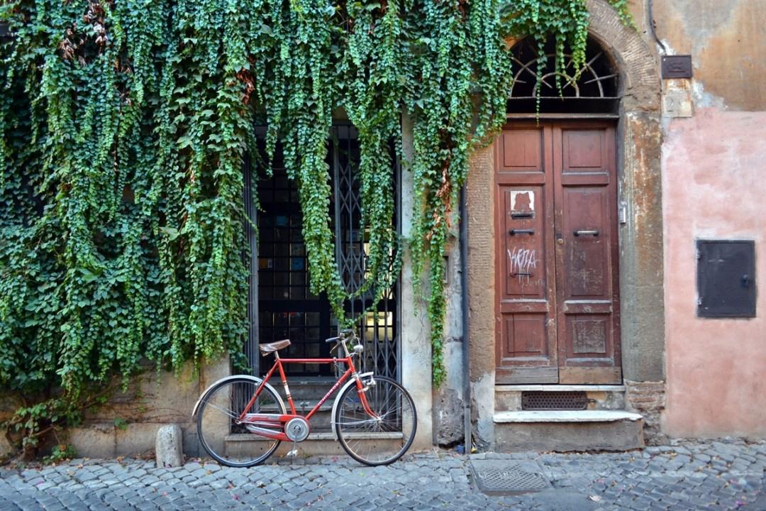prettiest doors rome