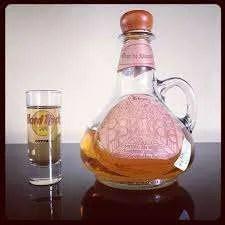 Amaretto Liquore Fatto in Casa Ricetta