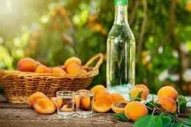 liquore di albicocche fatto a casa ricetta