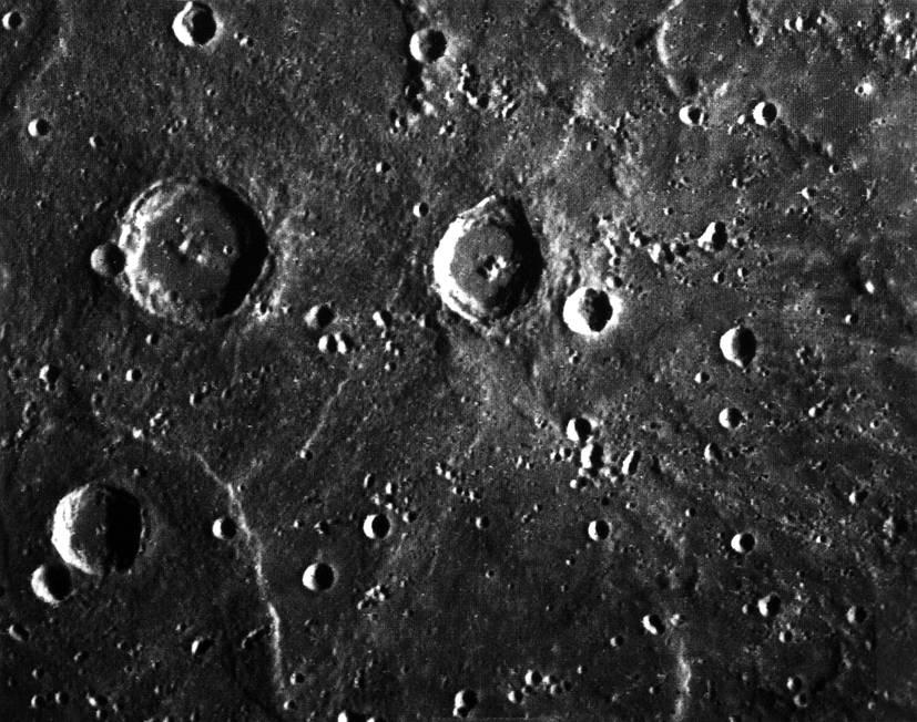 Imagem feita pela sonda Mariner 10