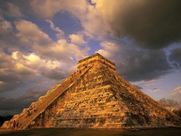 Chichen-Itza-Yucatan-Mexico011-600x450[1]