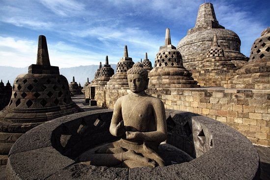 CuriousKeeda - Travel Guide - Borobudur (Indonesia)