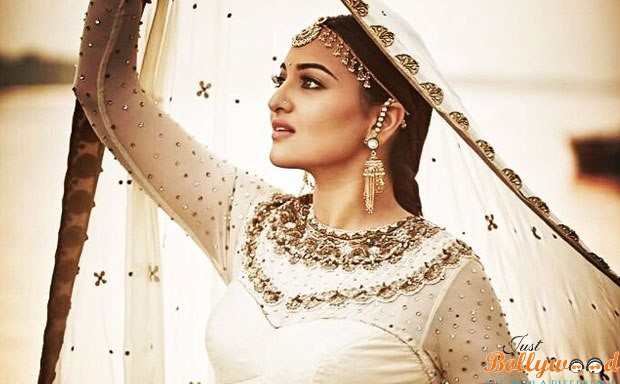 CuriousKeeda - 5 Most Expensive - Sonakshi Sinha