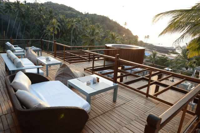 Waters Beach Lounge & Grills in goa