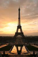 No a la Torre Eiffel