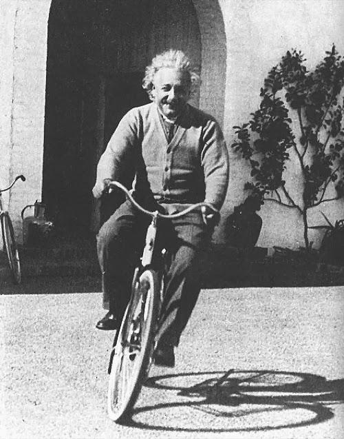 En bicicleta en Santa Barbara, 1933