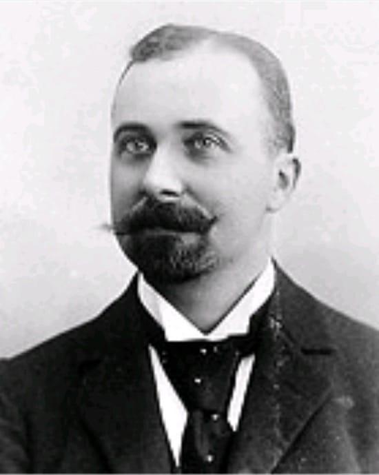 Felix Hoffmann, el creador de la aspirina y la heroína, en un verano