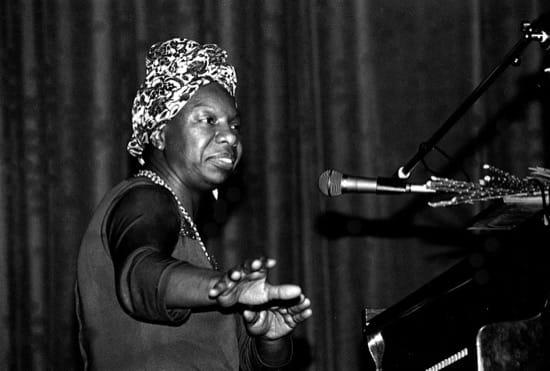 Nina Simone se negó a actuar, con 12 años, por sus derechos y los de sus padres