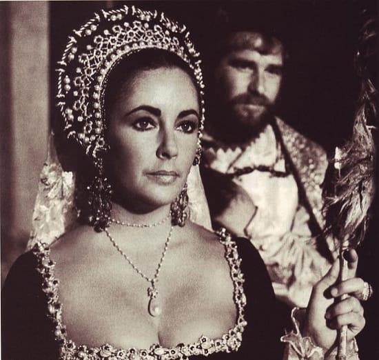 Elisabeth Taylor con la Perla Peregrina