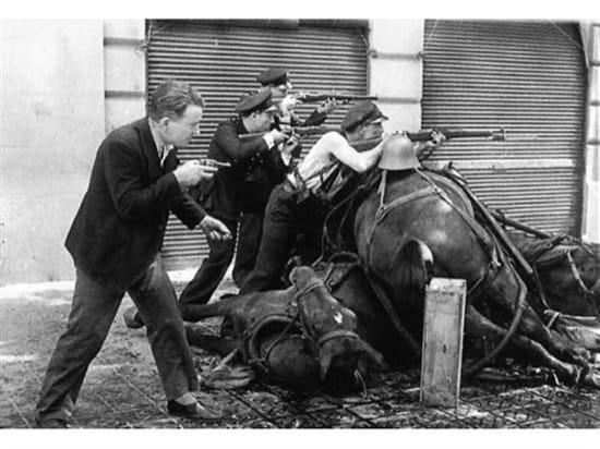 Dos famosas fotos de combates de la Guerra Civil que en realidad son posados