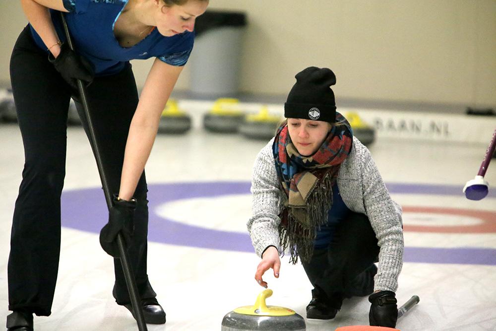 Curling sliding dames Curlingbaan Zoetermeer