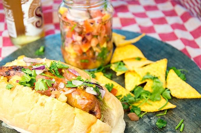 Recept Hotdog met ananassalsa