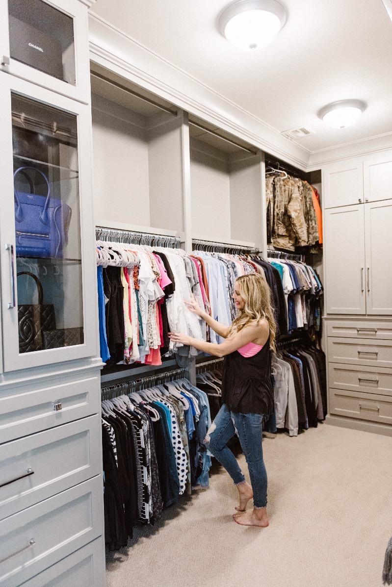 closet organization ideas for women. Master Closet Organization Ideas By Popular Oklahoma Lifestyle Blogger Curls \u0026 Cashmere For Women