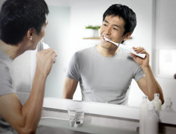 Philips Sonicare Healthy White power toothbrush