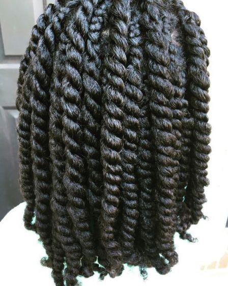 twist, twist out, cheveux texturés, cheveux crépus, cheveux bouclés