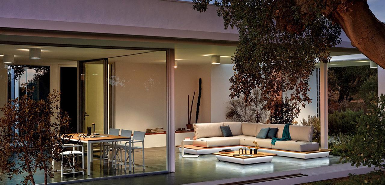 Manutti outdoor furniture