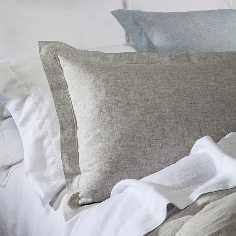 upholstered beds and bedding
