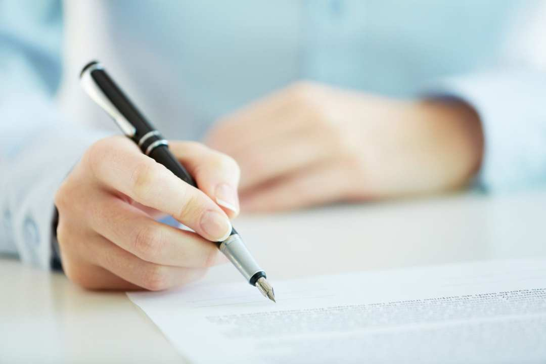 Important Questions to Ask When Writing Your Personal Essay